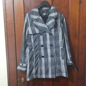 Light weight rain jacket